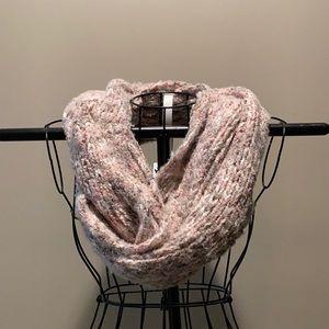 Sonoma blush pink tan white scarf and hat set
